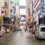歌舞伎町一番街。歌舞伎町ビル火災跡地にて